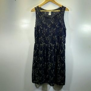 Pinky Black Sleeveless Dress